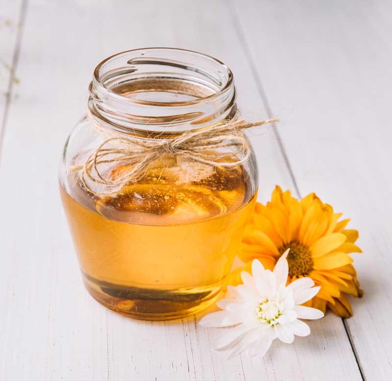 Insonnia e stress: rilassarsi col miele